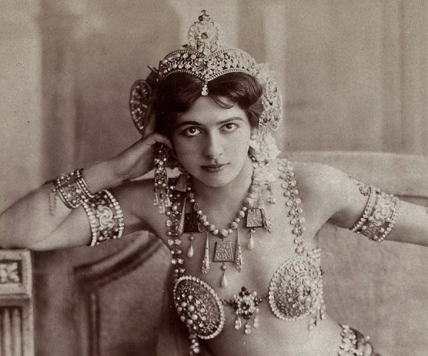 Top 7 femmes fatales of the 20th century