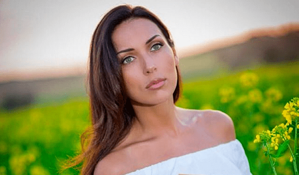 Top 7 countries where the most beautiful brunette women live