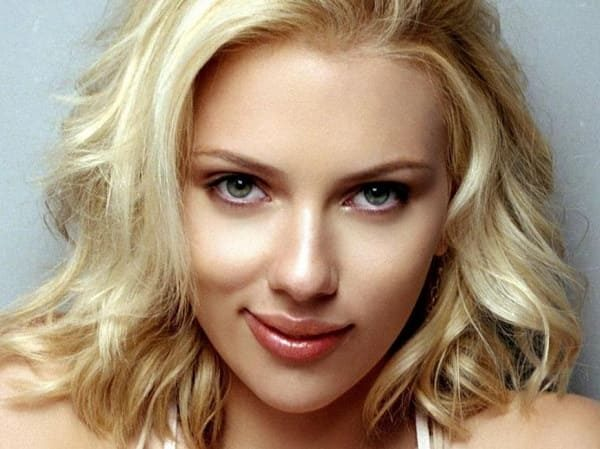 The sexiest single female celebrities: TOP-10
