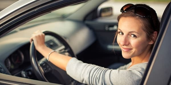 Do girls really drive better than men?