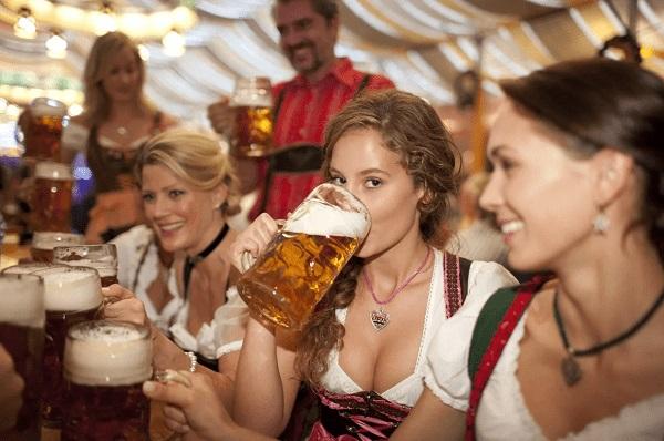 German women share male hobbies
