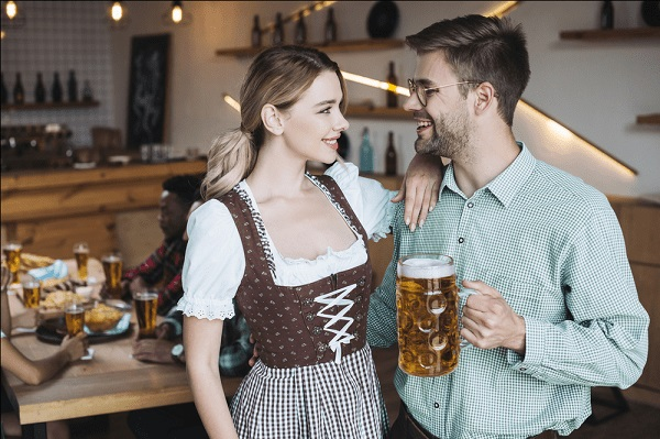 German girls prefer online dating and don't like outdoor pick-ups