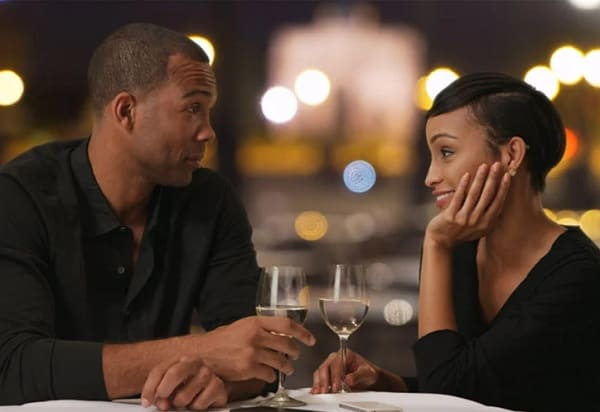 Wanna dating an American woman? 11 weird facts you must know about them!