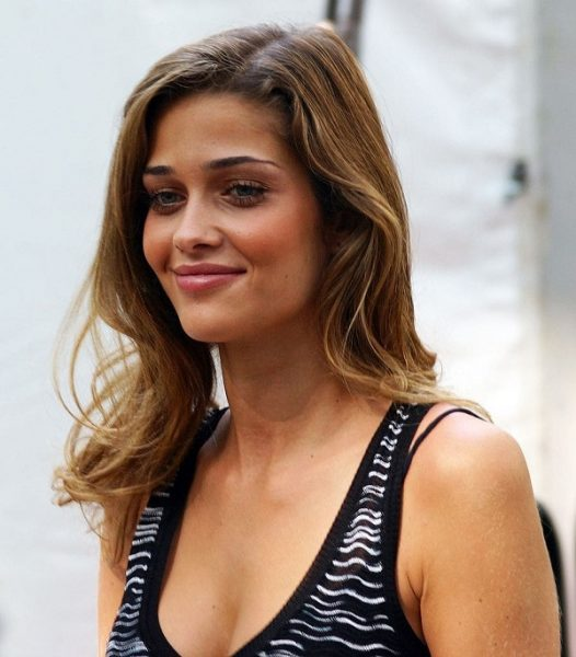The most beautiful Brazilan models with sexy smiles: TOP-12